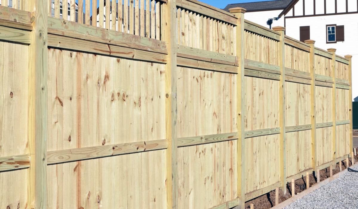 garden fence installation Essex